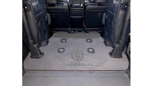Коврик багажника TLC 200, пример