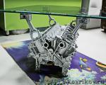 Столик из блока двигателя V12