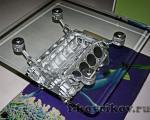 Столик из блока двигателя V8 от BMW E38
