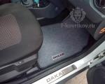 Коврики в салоне Renault Duster