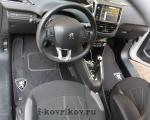 Коврики в салоне Peugeot 208