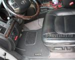 Коврики в салоне Toyota Land Cruiser 200
